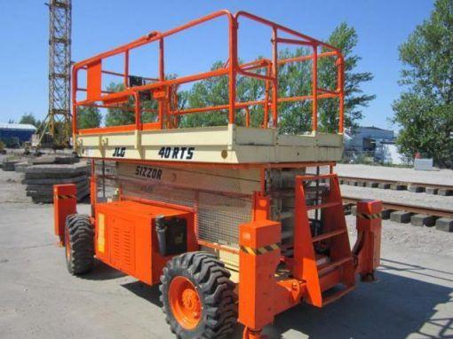 plataforma-elevadora-tijera-diesel-jlg-40-rts